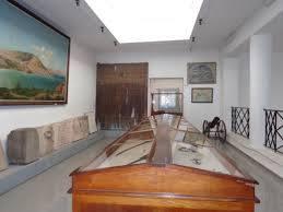 Musée AZ, intérieur